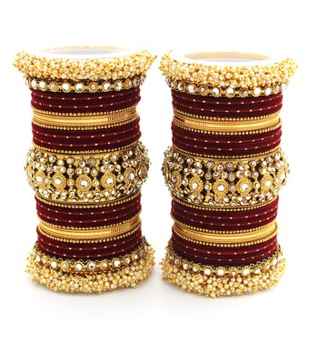 Traditional Long Bridal Set For Both Hands