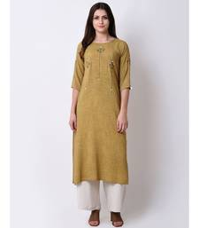 Green Women's Green Rayon Slub Embroidered Kurta