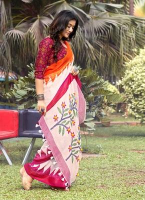 Light pink woven jute saree with blouse