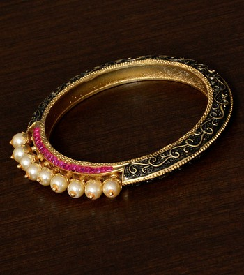 Meenakari Worked Ruby and Pearl Embellished High-end Designer Bracelet BD367