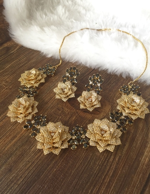 Gold onyx necklaces