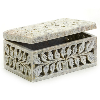 Stoneware Multiutility Box With Leaf Design