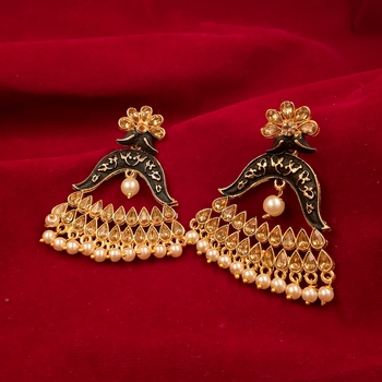 Saizen Traditional Dangler And Jhumki Alloy Earring