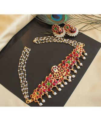 Beautiful Kemp Green Pearl Designer Necklace Set