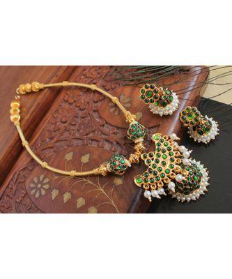 Beautiful Green Pearl Designer Necklace Set