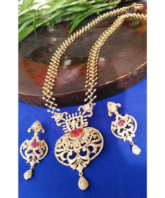 Georgeous High Gold Plated Rubys And Cz Stones Ecklace Set
