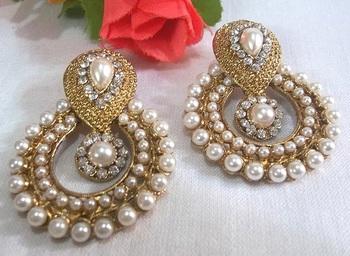 White stone and pearl Polki Earring
