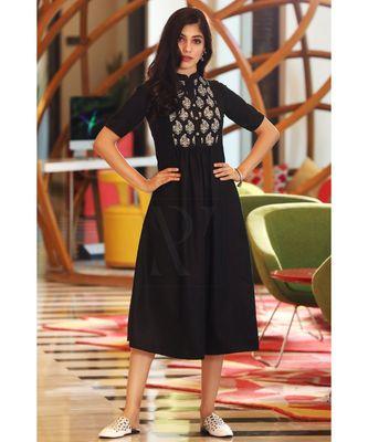BLACK DIGITAL PRINTED YOKE DRESS