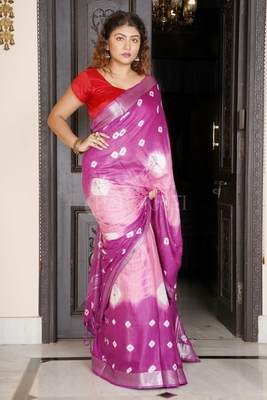 DEEP PINK AND POWDER PINK TIE & DYE BANDHANI PRINTED LINEN SAREE