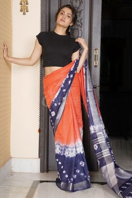 ORANGE AND VIOLET TIE & DYE BANDHANI PRINTED LINEN SAREE WITH SILVER BORDER