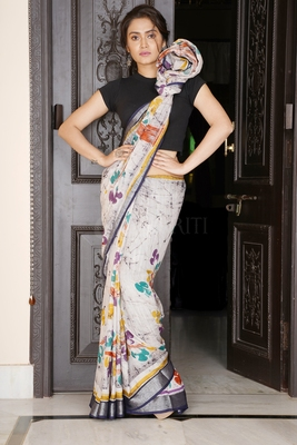 GREY BATIK PRINTED LINEN SAREE WITH SILVER BORDER