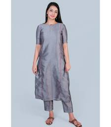 Grey Silk Kurti having Pink detailing paired with Trousers
