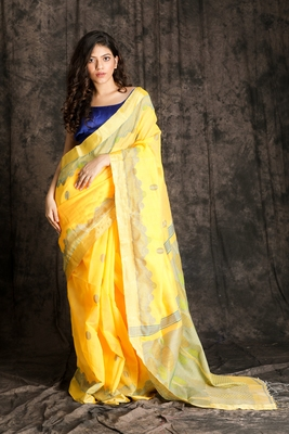 PASTEL YELLOW HANDLOOM WITH ZARI