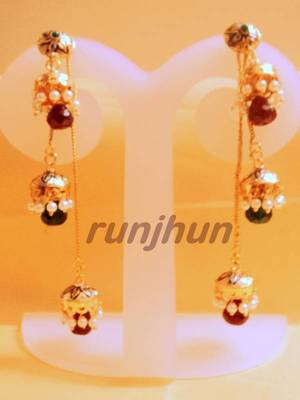 triple jhumkis hanging light wht danglers