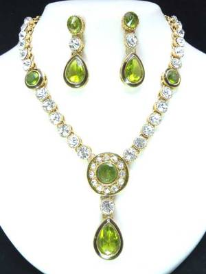 Green stone studded necklac set.