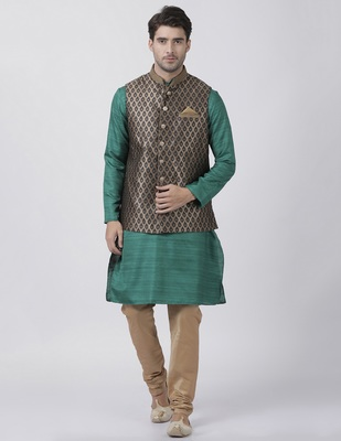 Green plain blended cotton kurta-pajama