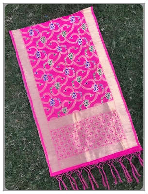 Pink Jacqured Banarasi silk Stole