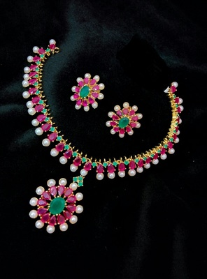 Georgeous gold plated ruby and pearl necklace set