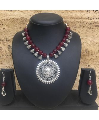 Women'S Temple Jewellery Set Traditional Oxidised Silver Plated Necklace Earrings Sets With Laxmi Pendent Red Beads