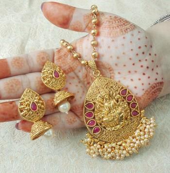 "Lalso Beautiful Ruby 22"" Brass Chain Pearl Beaded Bandhani Laxmi Pendant Earring Set - LBLPS04_RB"