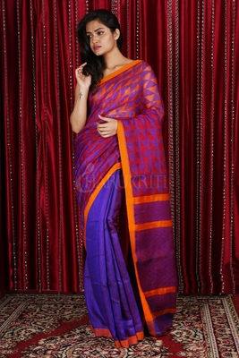 PURPLE AND FIERY ORANGE MUSLIN SAREE WITH GEOMETRIC WEAVED PALLU