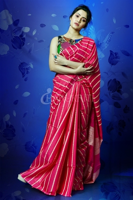 Magenta woven blended cotton saree with blouse