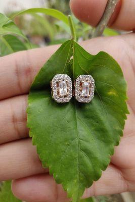 White swarovski crystal studs