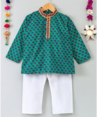 Leaf Printed Kurta With White Pajama