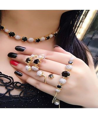 Black American  Diamonds Necklace  Sets
