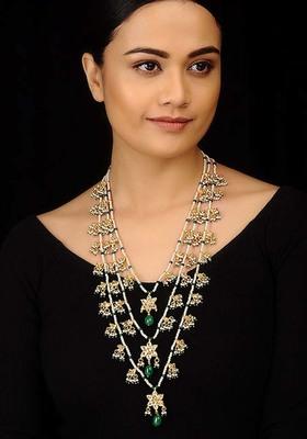 Kundan And Pearls Green Stones Teenlada Rani Haar Necklace