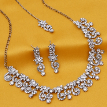 Silver stone necklace-sets