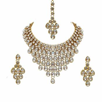 Traditional Gold Plated Stone Studded Bridal Choker Necklace Set Earrings & Maang Tikka For Women
