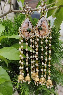 Golden  designer-jewellery
