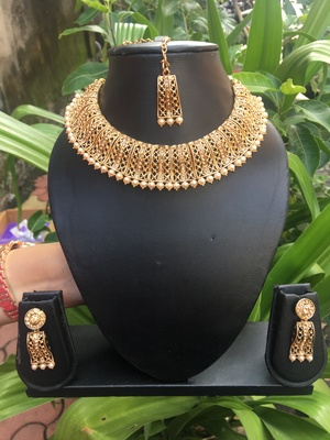 gold stone necklace sets