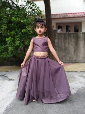 lavender colour laheriya choli for girls