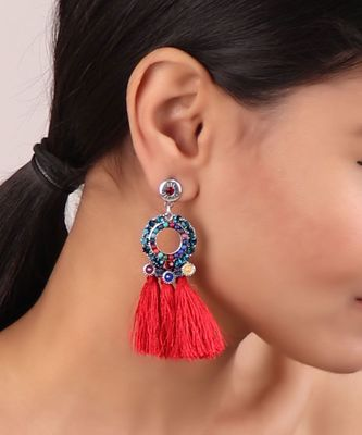 RED TASSEL EARRINGS WITH MULTICOLORED ACCENTS