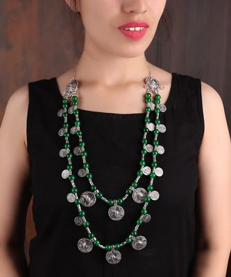 DOUBLE-LAYERED COIN NECKLACE WITH GREEN BEADS