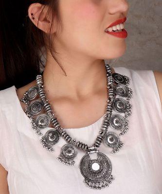 Circular Motifs Metal Necklace