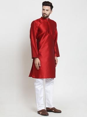 Red plain jacquard kurta-pajama