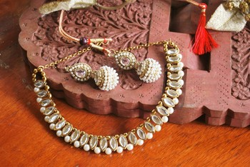 kundan choker necklace set with earrings