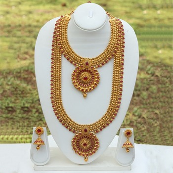 South Indan bridal jewellery set with red stones