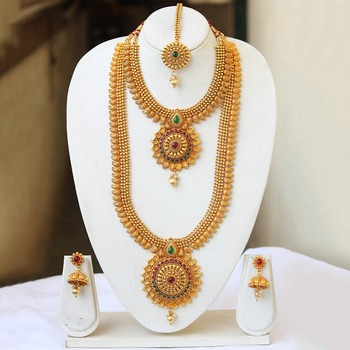 South Indian multicolour jewellery set