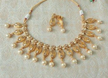 Lalso Beautiful Delicate Pearl Drop Golden Necklace Earring Jewelry Set - LDN22_LCT