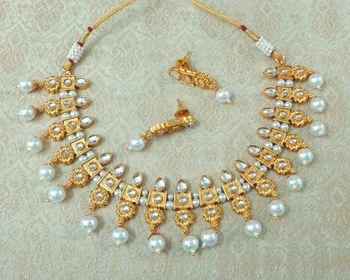 Lalso Beautiful Delicate Pearl Drop White Necklace Earring Jewelry Set - LDN23_WT
