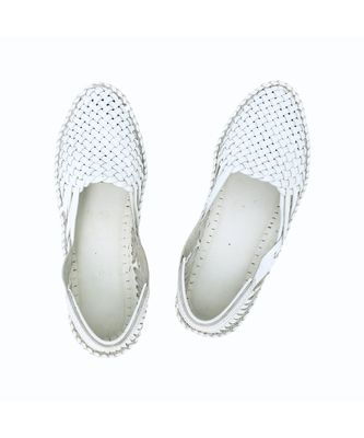 White Women shoe
