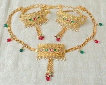 Lalso Adjustable Multicolour Gold Plated Kundan 1pc Kamarband Waistbelt 2pc Bajuband Armlet Combo Jewelry - LBKC12_MG