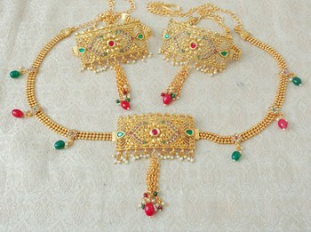 Lalso Adjustable Multicolour Gold Plated Kundan 1pc Kamarband Waistbelt 2pc Bajuband Armlet Combo Jewelry - LBKC13_MG