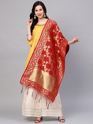 Sutram Women's Banarasi Maroon Silk Dupatta