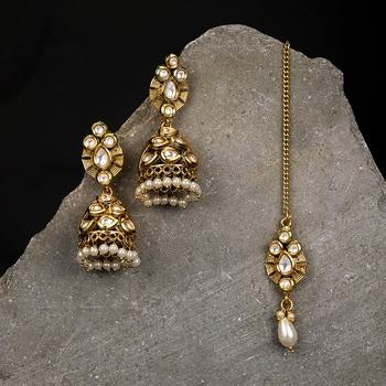 Yellow pearl earrings