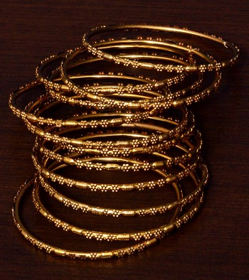 Gold Plated Set of 12 Designer Bangles BD385
